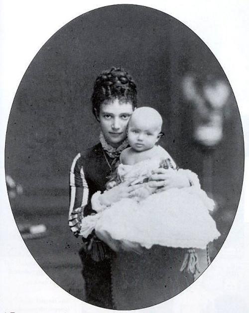 Olga-Aleksandrovna-v-detstve