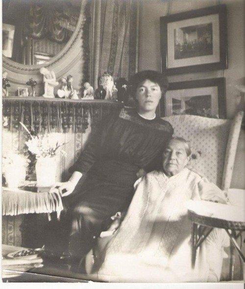 Velikaya-knyaginya-Olga-Aleksandrovna-s-nyanej-g-zha-Franklin